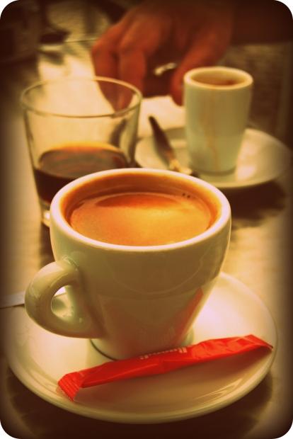 美味しいインスタントコーヒーの入れ方と保存法について