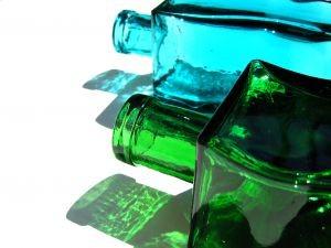 bottles-09-206171-m